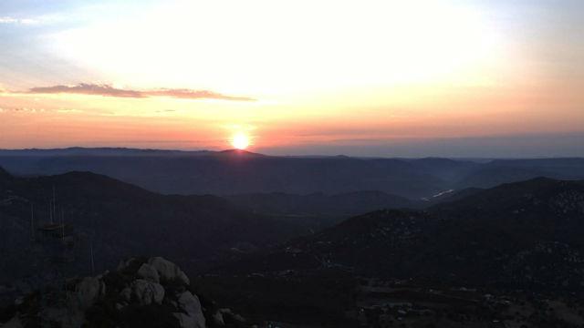 Sunrise Lyons Peak