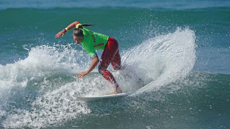 Courtney Conlogue of Santa Ana competes in the quarterfinals of the Nissan Super Girl Surf Pro in Oceanside.