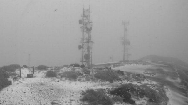 Snow on Mount Laguan