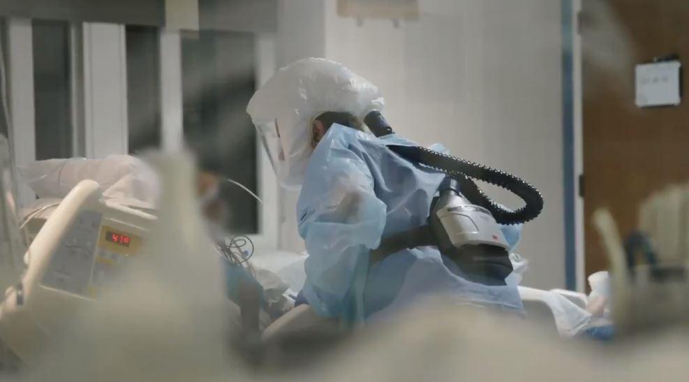 Scripps Health nurse treats a coronavirus patient