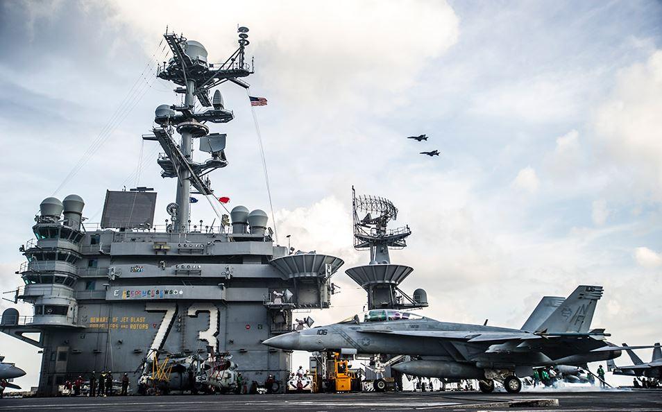 F/A-18 Super Hornet landing