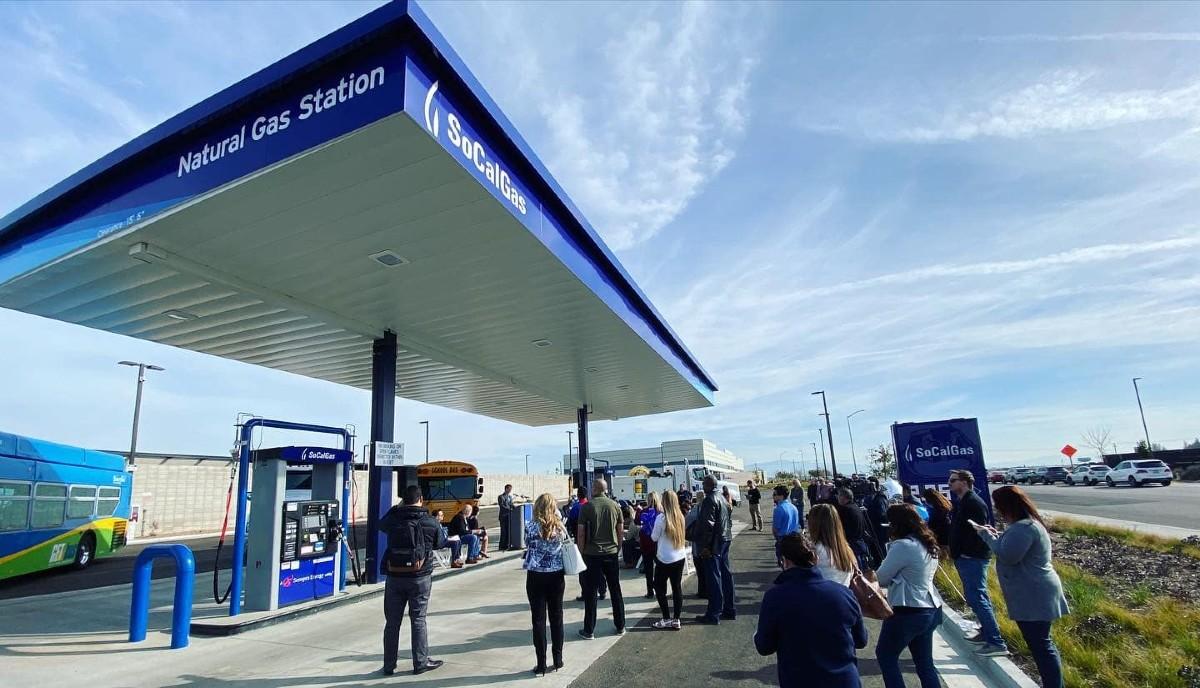 Renewable natural gas filling station