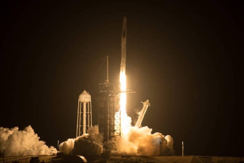 Falcon 9 lifts off