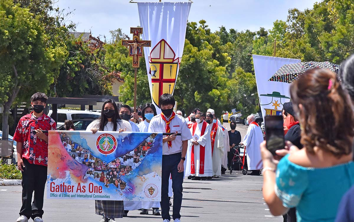 Twenty cultures were represented at a multicultural Mass in Mira Mesa. Photo by Chris Stone