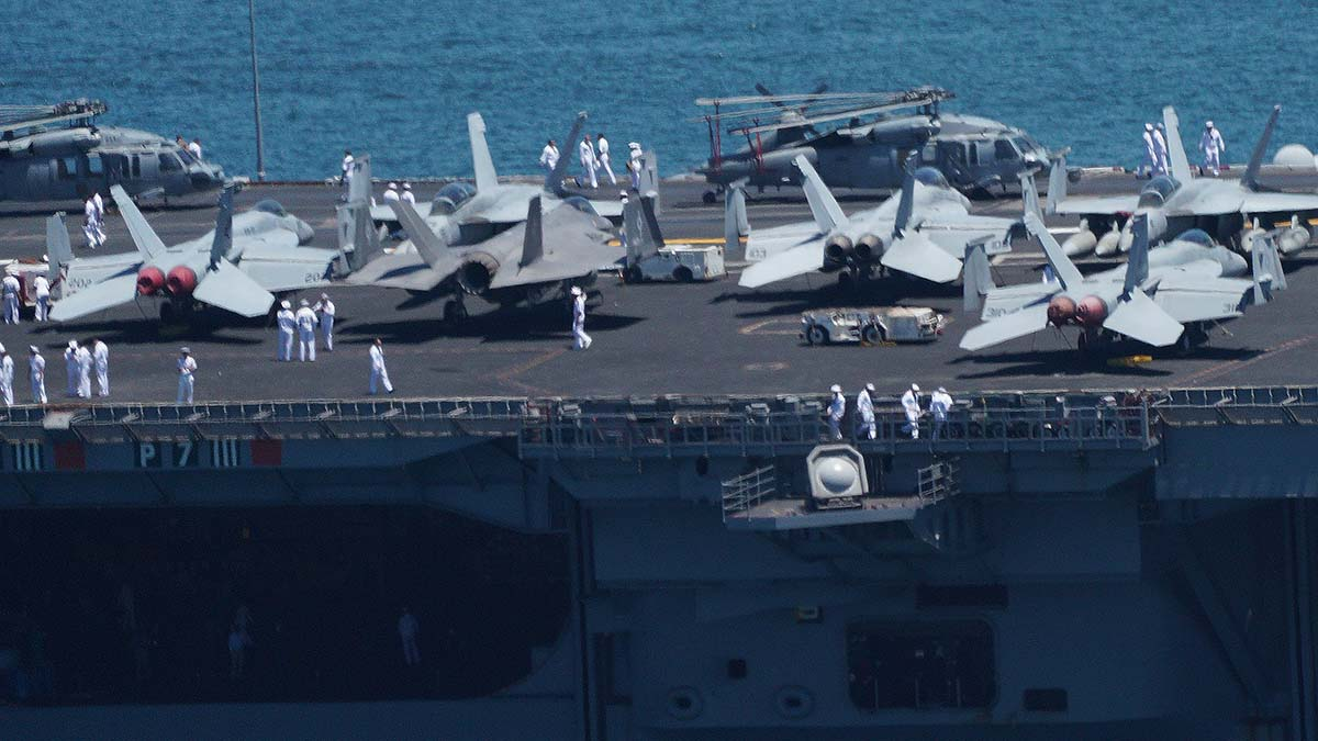 F-35 Lightning II planes are among the aircraft on the USS Carl Vinson. Photo by Chris Stone
