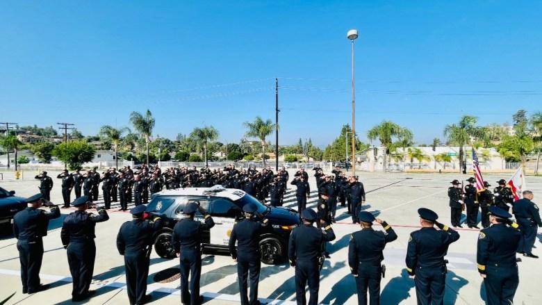 Police officers sallen