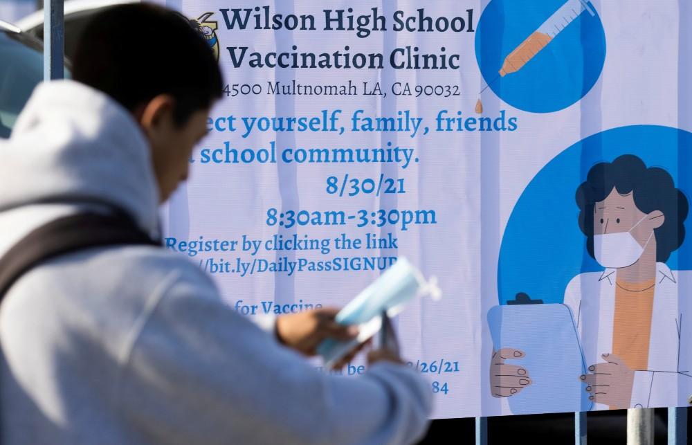 Mobile vaccination at LA schools