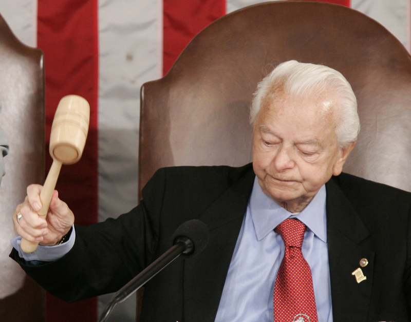 https://i1.wp.com/timesonline.typepad.com/photos/uncategorized/2008/11/19/robert_byrd.jpg