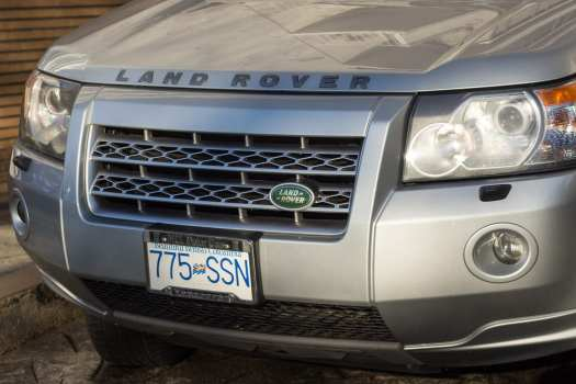 Land Rover with blue and white bc license plate