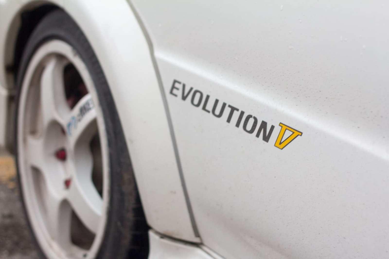 JDM Mitsubishi Lancer EVO V graphics decal
