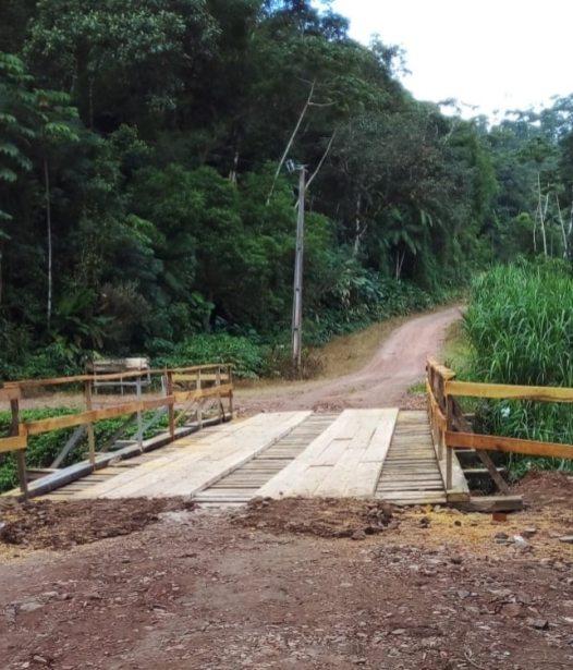 Foram investidos aproximadamente R$ 25 mil na construção da nova ponte