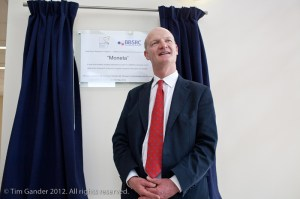 David Willetts MP unveils plaque in Moneta building, Babraham Institute near Oxford.