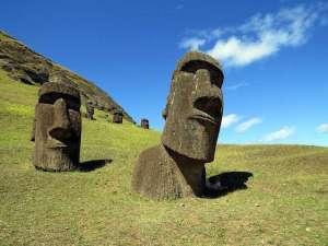 easter-island-heads