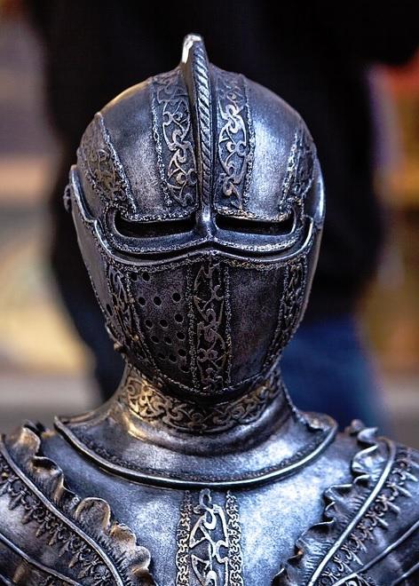 chivalric knights vs heroic warriors