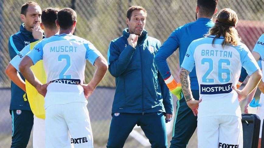 Melbourne City's fluid formation in build up