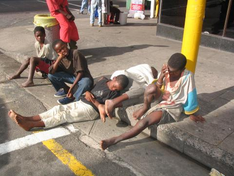 LACK OF COORDINATION DERAIL EFFORTS TO REMOVE STREET CONNECTED CHILDREN