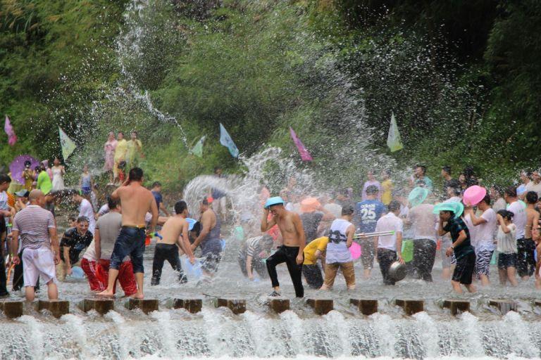Songkran Chiang Mai door lokale ogen