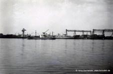 Blick über die Elbe 60er Jahre (Pap183)