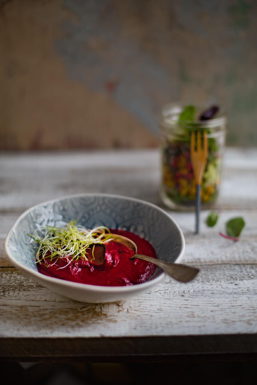 beetrootsoup with salad