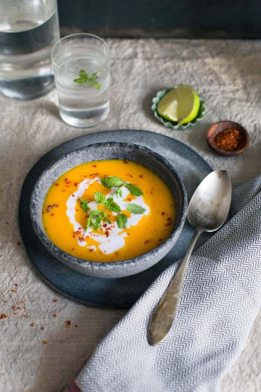 Süßkartoffel-Karotten-Suppe