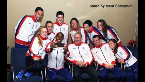Great Britain runners Mo farah selfie
