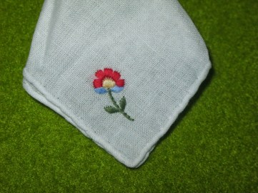 embroidered-cloth
