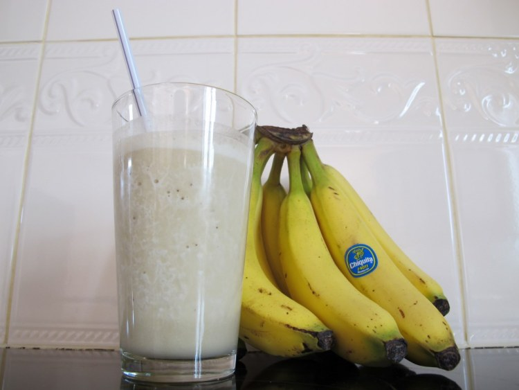 01Banana_Peanut_Butter_Smoothie_1024x768