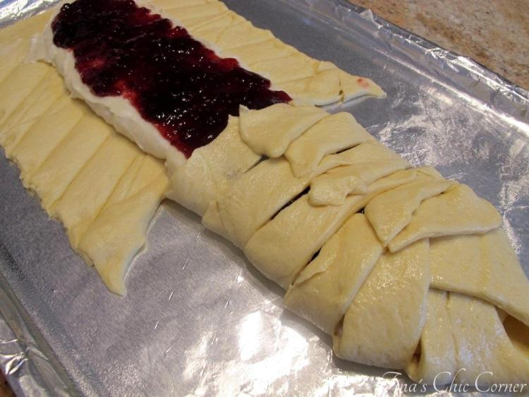 04Raspberry Cheese Danish