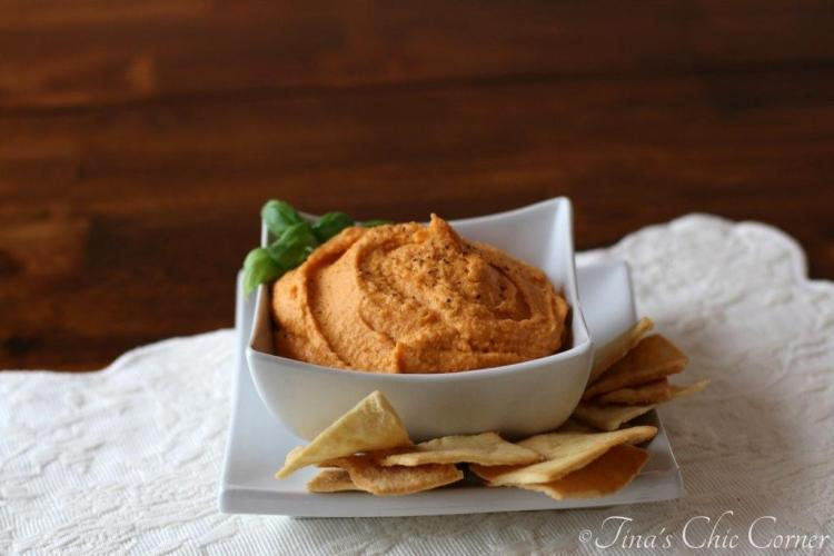 02Roasted Red Pepper Hummus