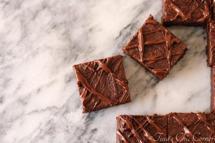 11Flourless Chocolate Peanut Butter Brownies