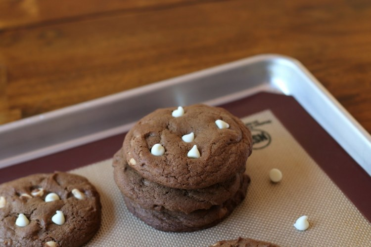 05Essence of Chocolate Cookies