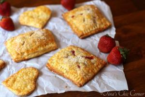 09Strawberry Hand Pies