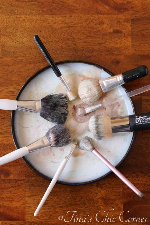 How to clean makeup brushes04