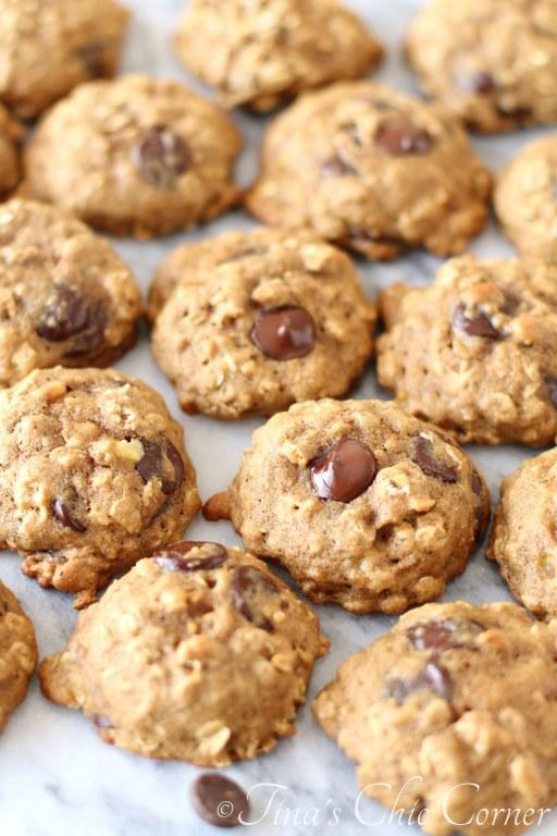 Whole Wheat Banana Oatmeal Chocolate Chip Cookies03