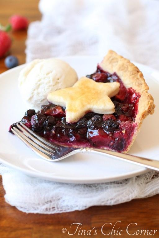 Triple Berry Pie017