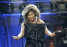 Tina Turner - Kansas City - October 1, 2008 - 13