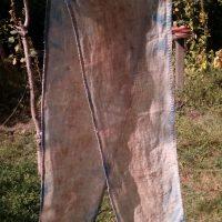 Echarpe, ln, teinture naturelle, ecoprint, champigno d'eucalyptus, indigo