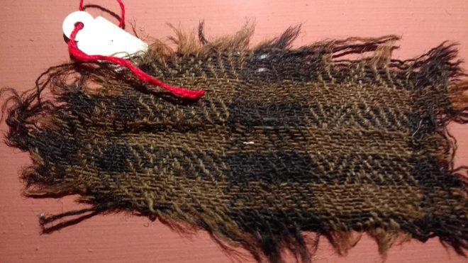 Reste textile archéologique retrouvé dans une mine de sel, sa qualité est vraiment admirable