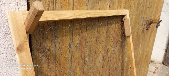 Clayette pour sécher la laine avec pattes rétractiles