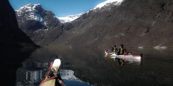 Topptur og kajakktur i Nærøyfjorden