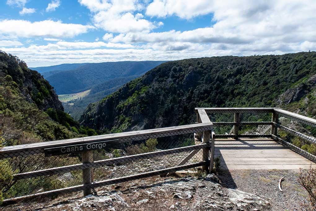 Cashs Gorge Lookout with views over the Gorge into the fertile New River Valley in North East Tasmania