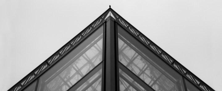 bird, pyramide, louvres, paris, france