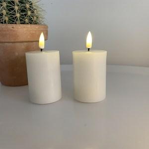 LED mini bloklys - hvide med autentisk væge - 2 stk. fra kr. 99