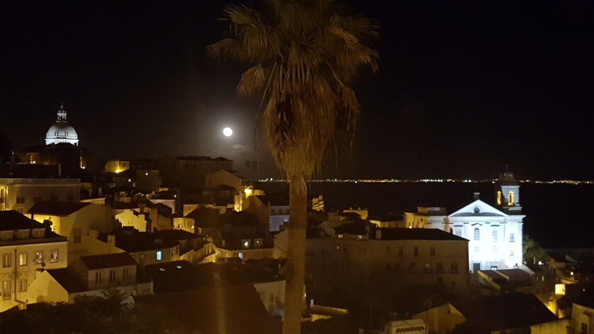 super-full-moon-lisbon-2016