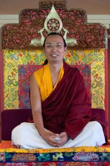 ratna-vajra-rinpoche-2.jpg