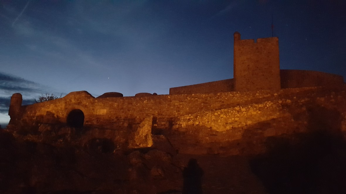 Marvao by night