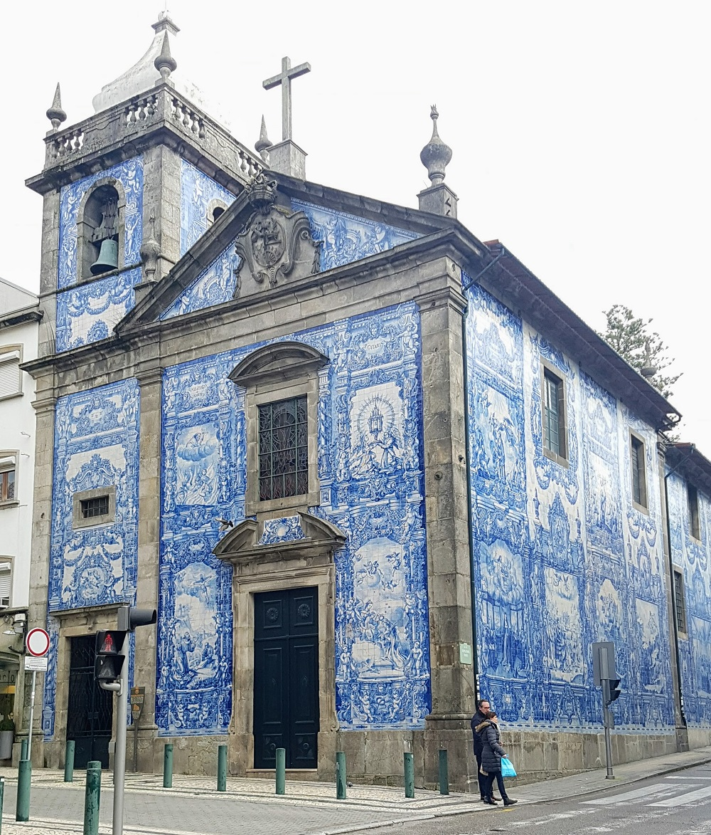 Sacred Spaces Dressed in Blue — Chasing Bright Shiny Objects in Porto