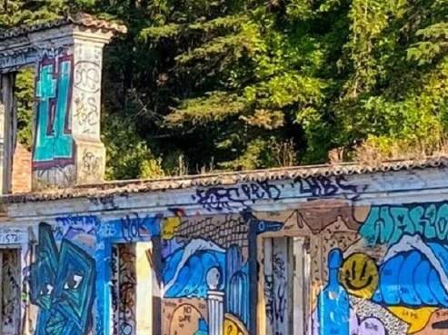 More-Street-Than-Art gallery?
