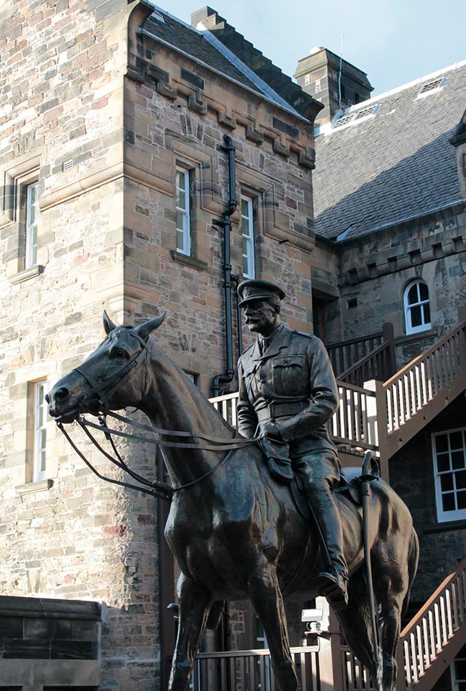 Estátua do Marechal de Campo Earl Haig
