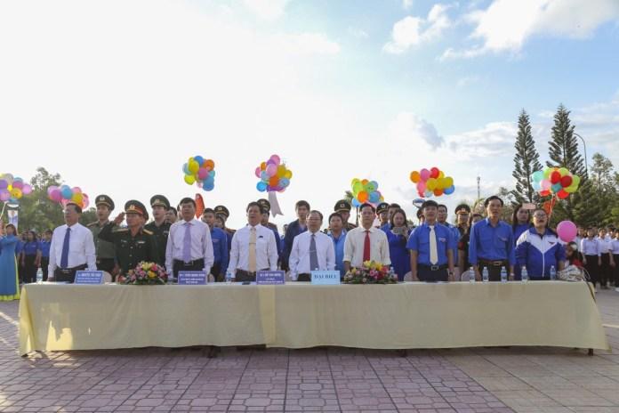 """Sôi nổi Lễ khởi động Năm Thanh niên tình nguyện, đợt thi đua """"tuổi trẻ Khánh Hòa nhớ lời Di chúc theo chân Bác"""" và ra quân Tháng thanh niên năm 2019 7"""